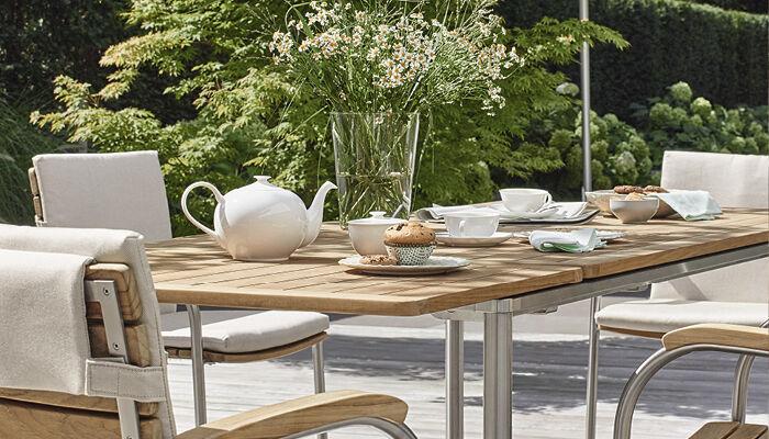 gartentisch teak latest wohnkultur gartentisch ausziehbar edelstahl produktbild with. Black Bedroom Furniture Sets. Home Design Ideas