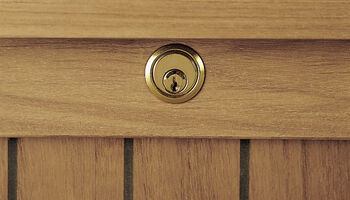 cushion chests garpa. Black Bedroom Furniture Sets. Home Design Ideas